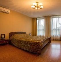 Апартамент-отель «Шарф»
