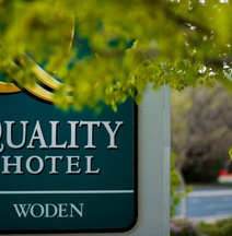 The Woden Hotel