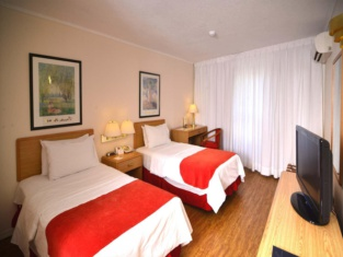 Days Inn by Wyndham Montevideo