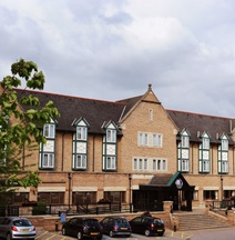 Village Hotel Leeds North
