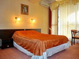 Valentin Hotel