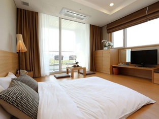 The Suites Hotel Naksan