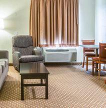 Sleep Inn and Suites Grand Rapids