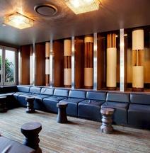 Villa Noosa Hotel