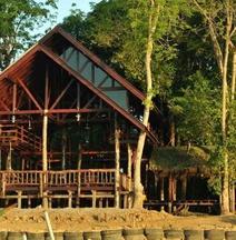 Borneo Natural Sukau Bilit Resort Sandakan