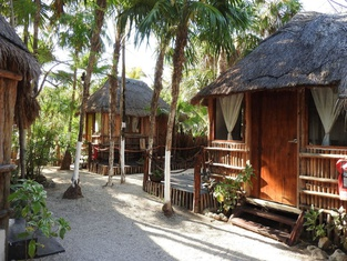 Hotel Maya Cabanas y Cenote Tulum