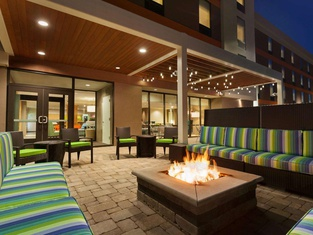 Home2 Suites By Hilton Champaign / Urbana