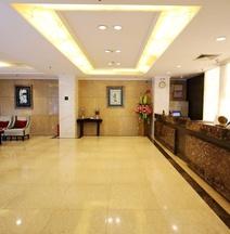 Wanxing Hotel (Nanning Chaoyang Square Metro Station)