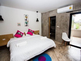 Journey Hostel Surat
