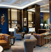 Lanjing Yuehai International Business Hotel