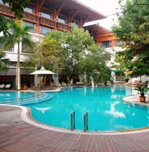 Pearl Bay Seaview Hotel (Laojie Seaview)