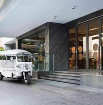 諾富特曼谷素坤逸 20 號飯店