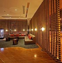Baigong Hotel (Ludiyan Yushan Park)