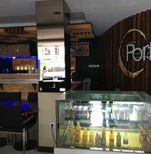 De Puri Hotel