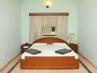 Lloyds Guest House, Krishna Street, T. Nagar