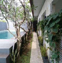 Dean's Place Bali