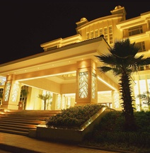 Huizhou Lakefront Golf Club and Resort