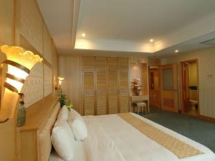 โรงแรมเดอะพาราเมาท์