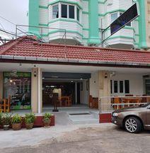Welcome Inn Karon Phuket