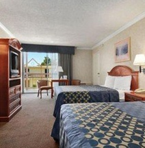 Days Inn by Wyndham Los Angeles LAX/VeniceBch/Marina DelRay