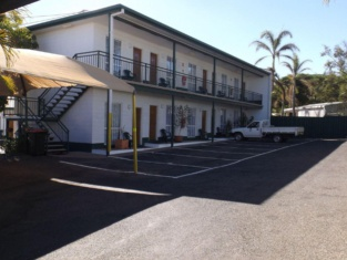 Central Point Motel