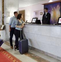 Отель Аэростар