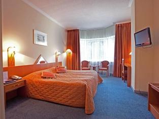 プロトン ビジネス ホテル