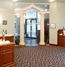 クリスタル パレス ブティック ホテル