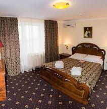 Готель Братислава