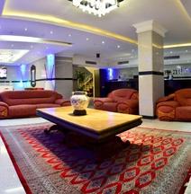 โรงแรมแกรนด์ อินเตอร์เนชั่นแนล