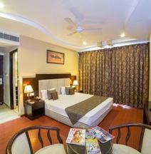 Gold Leaf Hotel