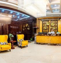 Junkun Hotel