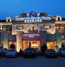 Richmond Grand Hotel