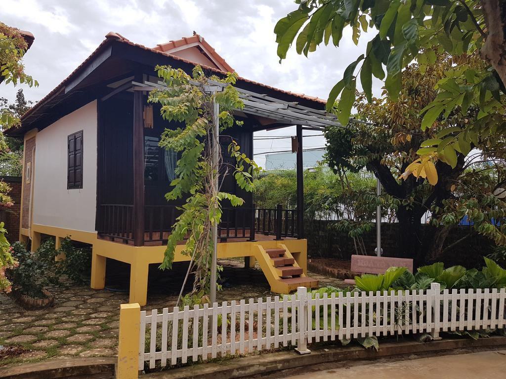 Hùng Vương Resort