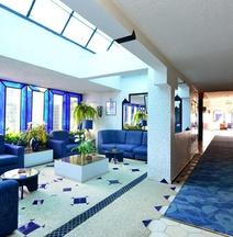 UMH Tarik Hotel