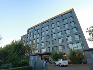 Jujian Hotel