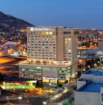 Doubletree By Hilton Hotel El Paso Downtown