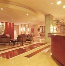 ホテル メトロポール マリンガ
