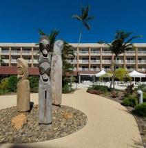 努美阿诺瓦塔酒店