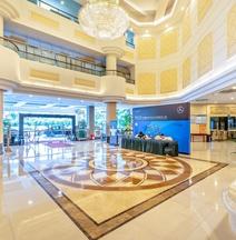 Vienna Hotel (Guangzhou Baiyun Avenue Yunbao)