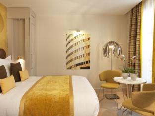 小巴黎酒店