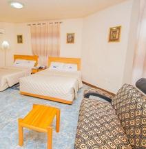 Erata Hotel