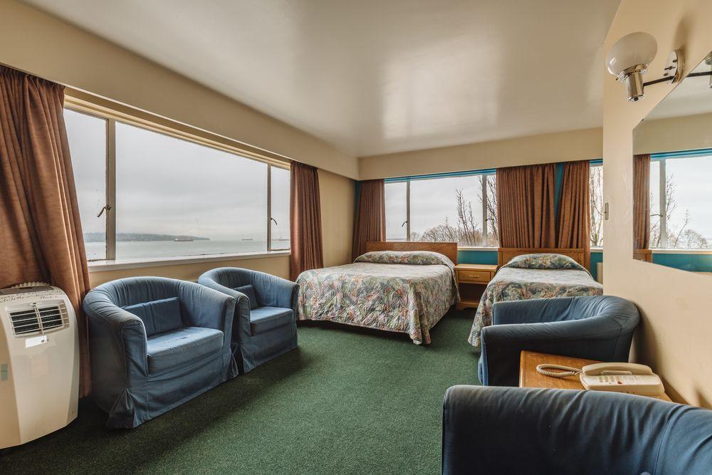 English Bay Hotel