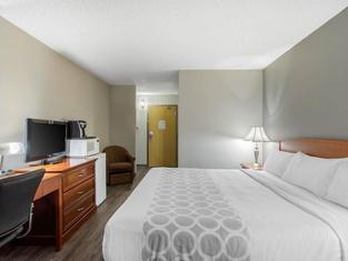 Regina Travel Inn
