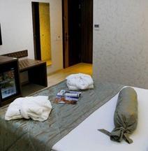 艾達納瓦飯店