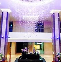 Queenvell Hotel