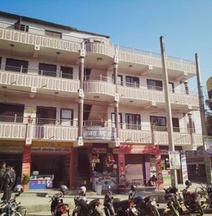 Manash Guest House