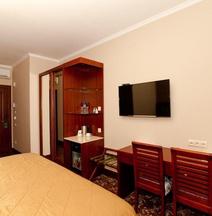 Hotel Grand Voyage