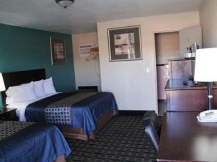 Budget Motel 7