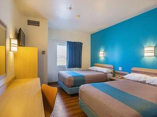 Motel 6 Grand Island